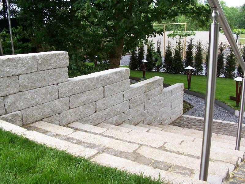 Stenen afscheiding tuinaanleg har verheijden